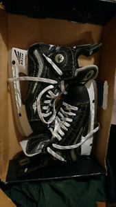 Brand new mission skates never worn!