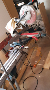 """Bosch 10"""" Sliding Compound Mitre Saw with stand"""