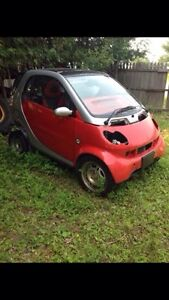 2006 Mercedes Smart Car ForTwo (PARTING OUT)