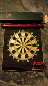 Elegant Jordan Mark magnetic dart board