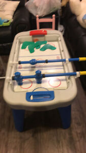 Little tikes 3 in 1 sports table