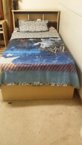 Twin size Comforter cover and sheets/pillow cases