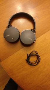Sony MDR XB950B1 Bluetooth Over-ear Headphones