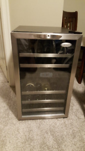 Whirlpool Dual Zone 38 Bottle Wine Cooler