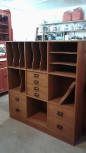 Shelving/storage cabinet