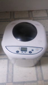 Breadmaker for Sale