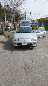 Selling Automatic 2000 Acura Integra With E - Test