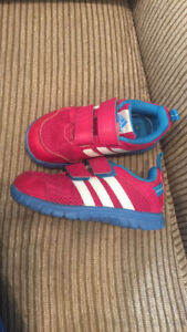 Adidas Runners size 9 toddler
