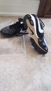 Youth Baseball Cleats Size 6