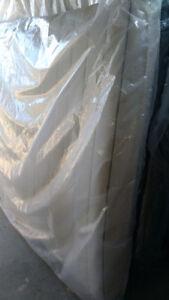 Queen size foam mattress