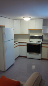 A MUST SEE *** Professional Student –1 BR Apartment – May 1st