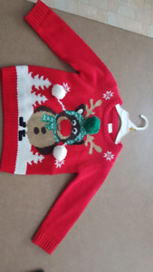 Kids size 2 to 3T christmas sweater lights up