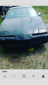 1983 pontiac firebird reduced to 1750