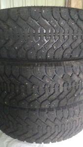 Très bons pneus.