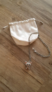 Guess Bella Bear Exclusive Necklace never worn