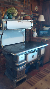 Findlay Oval wood burning cook stove