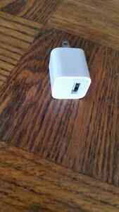 APPLE I PHONE CHARGER London Ontario image 2