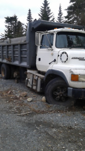 1995 ford dump truck reduced for quick sale 3500.00