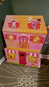 Lalaloopsy Sew Magical House Dollhouse