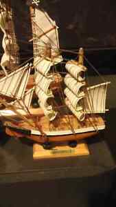 Small wooden ships Cambridge Kitchener Area image 3
