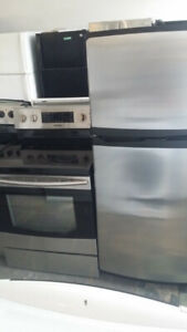 STAINLESS STEEL FRIDGE AND STOVE SET