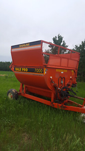 Highline Bale Pro 7000 bale processor