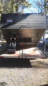 "2008 Easton 126""x 100"" double enclosed"