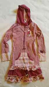 Girls Naartjie Dress with hoodie size 9 $15 London Ontario image 1