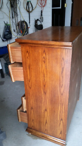 5 drawer antique style dresser