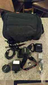 Canon T1i, 2 lenses, carrying bag
