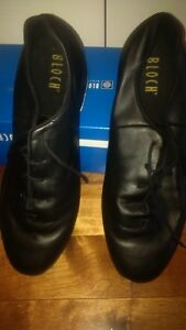 MEN'S SIZE 12 TAP SHOES
