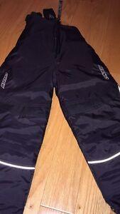 Pantalon de neige 2T neuf jamais porté