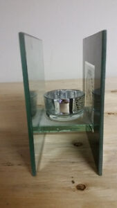 DECORATIVE  ITEMS: RESIN HIGH HEEL, PICTURE FRAMES, ALBUMS, ETC London Ontario image 4