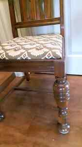 Chairs London Ontario image 3
