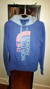 Womens North Face Hoodie-Small