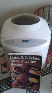Toastmaster Bread Machine With Recipe Book