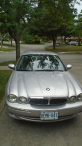 2002 Jaguar 4 door car, 166 KM.  Working and running condition