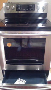 Samsung 4-Element 5.9 cubic ft Convection Electric Range