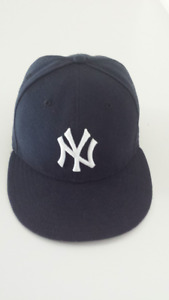 NY Yankees, New Era Authentic On-Field Fitted Cap (Size 7)