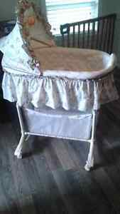 Bassinet to give away- sold pending pick up