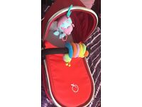 Icandy peach tomato carrycot