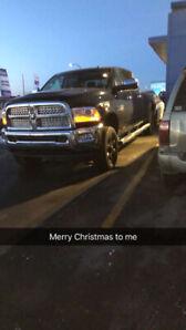2014 3500 Laramie diesel fully loaded long box 4x4