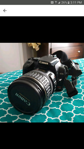 Canon Rebel XTI with 2 lenses