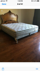 SERTA KING SIZE MATTRESS AND BOX SPRING ...GREAT CONDITION!