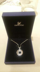 Swarovski Pendant *used once* in PERFECT condition