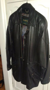 mens Danier  large leather jacket - rarely worn