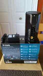 D-Link Cloud Router in excellent working and cosmetic condition. St. John's Newfoundland image 1
