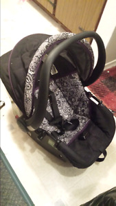 Matching car seat and stroller