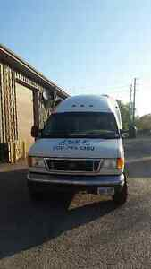 """2006 Ford E350 """"bubblevan"""" ~ AS IS ~ Peterborough Peterborough Area image 6"""