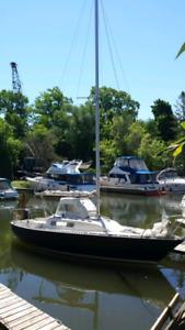 CS22 trailerable sailboat